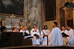 La Schola Sainte Cécile chante la sainte messe dans la basilique de Varallo