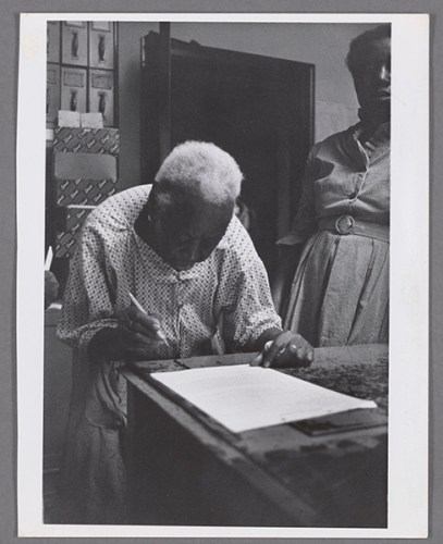 Formerly enslaved 105-year-old woman votes, 1965. Robert Langmuir Photograph Collection, Rose Library, Emory University.