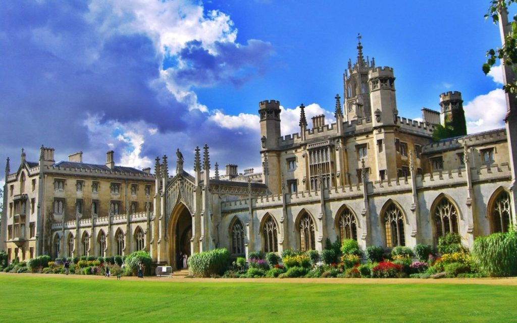 Best Engineering Universities in UK and Application Tips - Scholarship  Positions 2020 2021