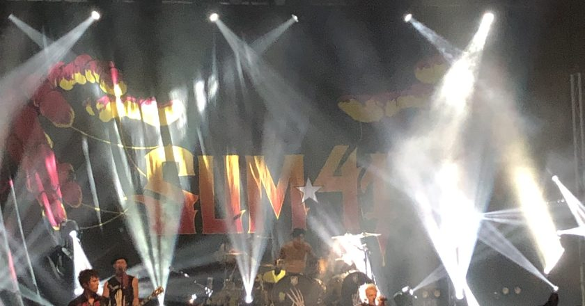 (Concert Review)  Menace In Minneapolis featuring SUM 41 with special guests THE AMITY AFFLICTION Live at Skyway Theater in Minneapolis, Minnesota (10/5/2019)