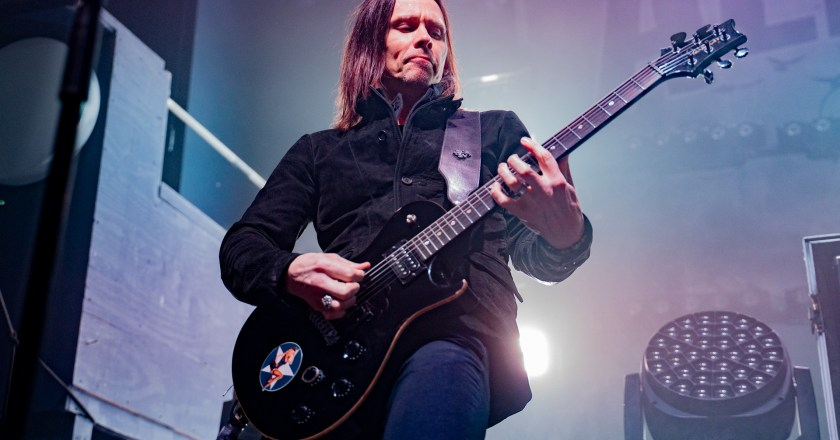 (Concert Review) ALTER BRIDGE with CLINT LOWERY live at The Apollo Theatre in Belvidere, Illinois (2/14/2020)