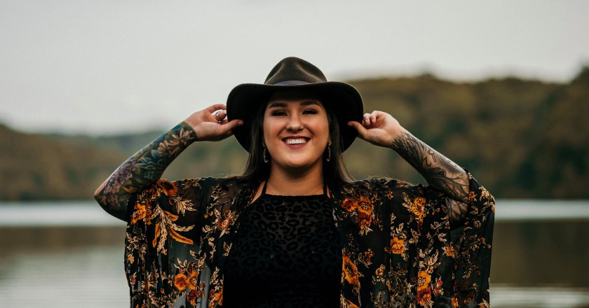 (The Don's Hit List with The Don & The Grizz Ep. 300):  ALLIE COLLEEN