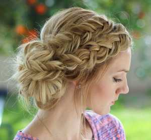 messy up do braid