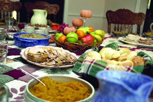 TraditionalThanksgiving-Wikimedia