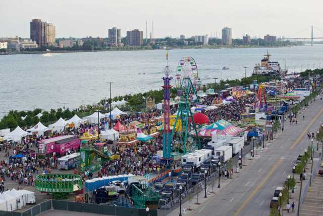 Detroit River Days 2011