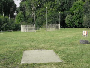Hole 7, a.k.a. the 'Bamboo Hole' at Winthrop Gold during a warmup round for the 2009 USDGC. Photo by Jack Trageser