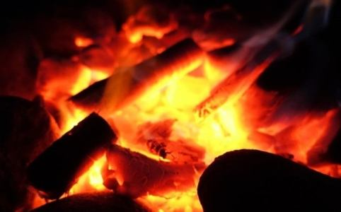 火を入れる