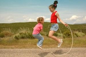 girls-jump-rope