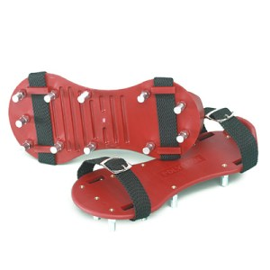 Spijkerzolen rood 2,4 cm stomp gespsluiting