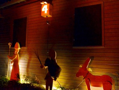 Adventsfenster und Rundgang 2015
