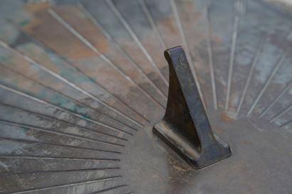 229 sundial in Victoria Park web