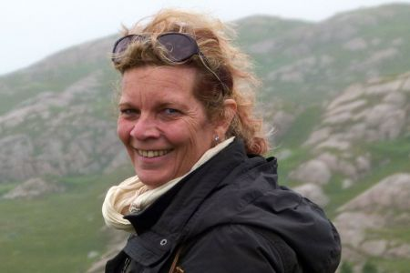 Gabriella Mayer arbeitet seit vielen Jahren als Reiseleiterin fuer unsere Schottlandreisen.