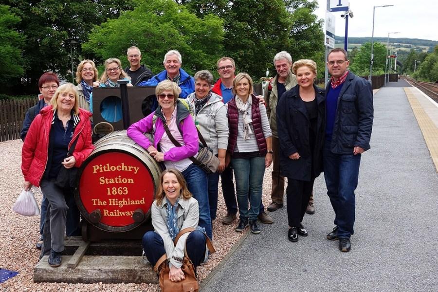 Bei unserer Bahnreise durch Schottland reisen Sie in persoenlichen und ueberschaubaren Kleingruppen.