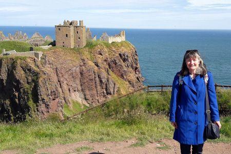Die schottische Reiseleiterin Amanda Aikman leitet vor allem unsere Gruppenreisen durch Schottland.