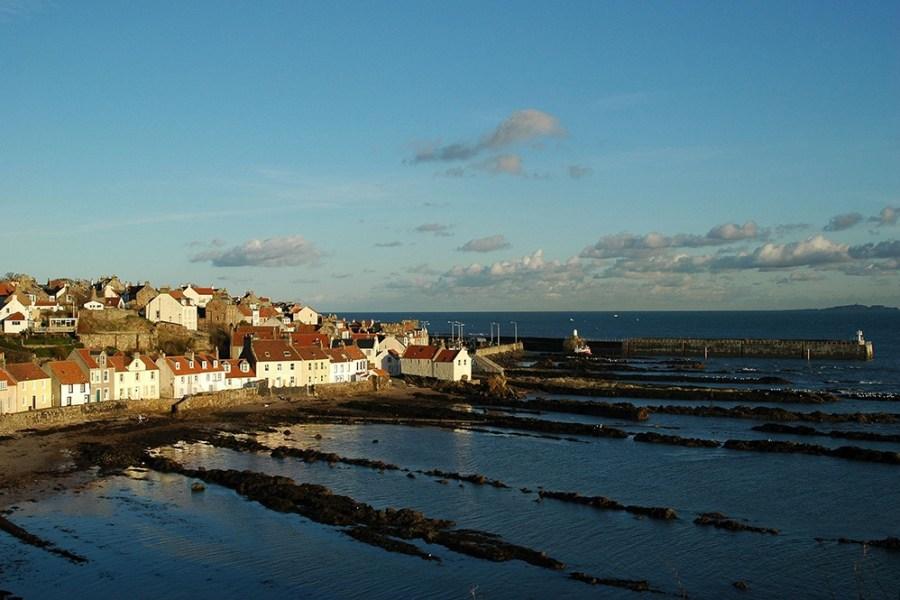 Pittemweem ist ein kleiner künstlerischer Fischereihafen unserer Genussreise durch Schottland.