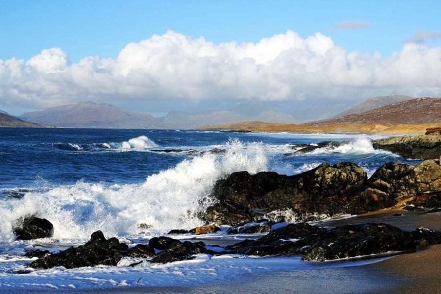 Schottland eignet sich als Reiseland für eine Segelreise um die Äußeren und Inneren Hebriden.