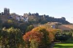 Edinburgh bildet den kroenenden Hoehepunkt unserer individuellen Bahnreise durch Schottland.