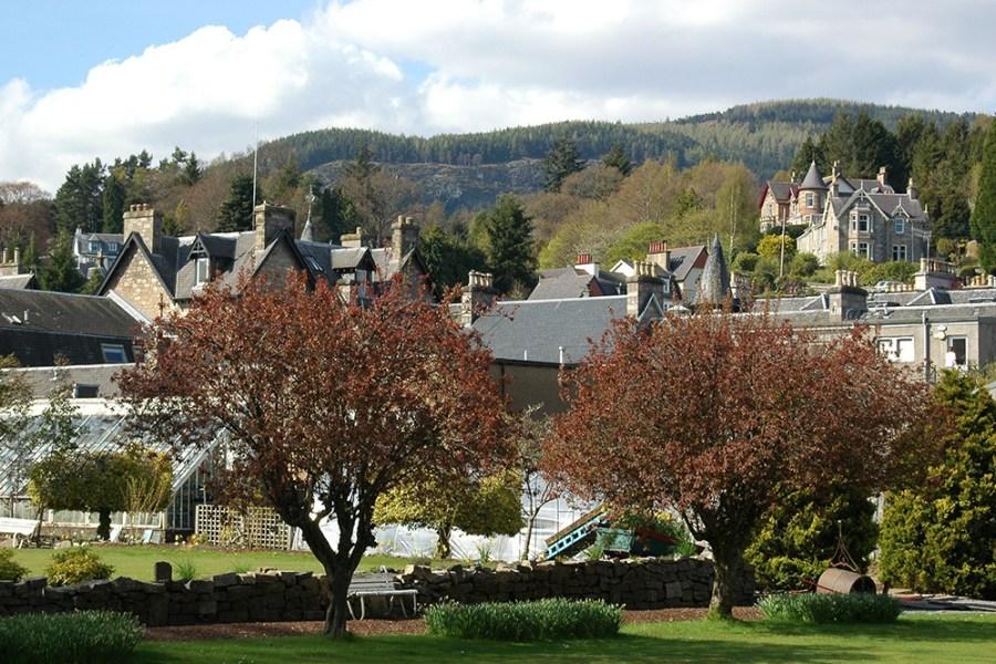Die Ortschaft Pitlochry liegt zentral in den Highlands und eignet sich perfekt als Standort fuer unsere individuelle Reise.