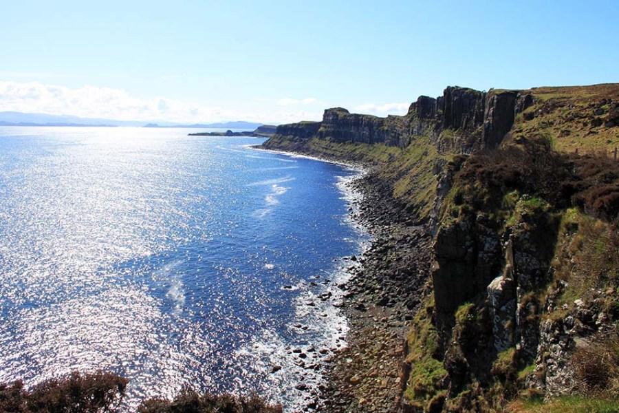 Eine Segelreise nach Schottland führt auch auf die Isle of Skye.