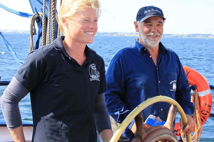 Klaas ist Kapitän an Bord der Flying Dutchman, einem Segelschiff das Segelreisen in Schottland anbietet.