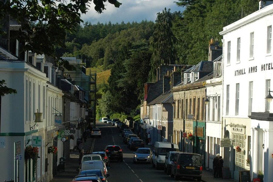Dunkeld liegt nur wenige Minuten suedlich von Pitlochry und kann waehrend der Standortreise Schottland besucht werden.