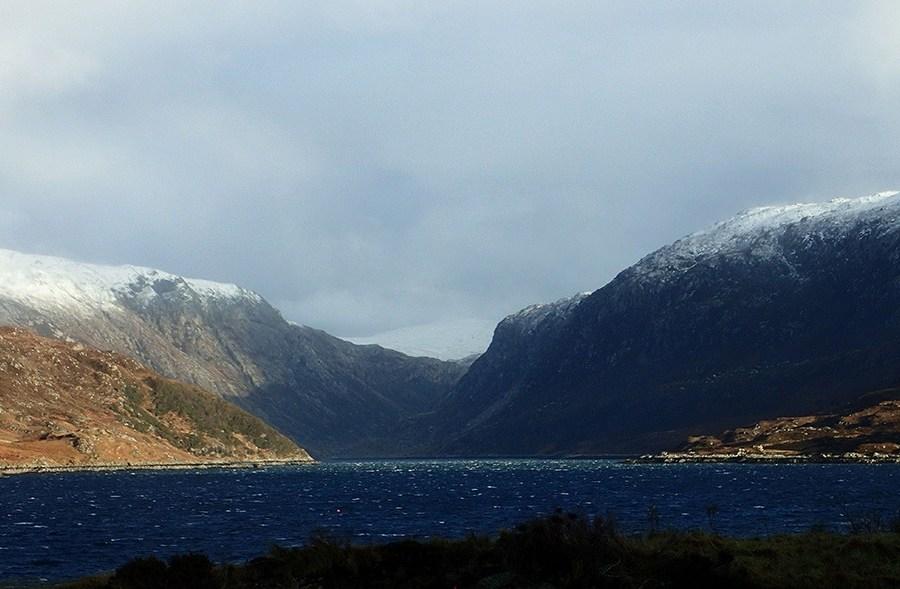 Fjorde, Berge und Taeler bilden die Kulisse dieser Wanderreise nach Assynt.