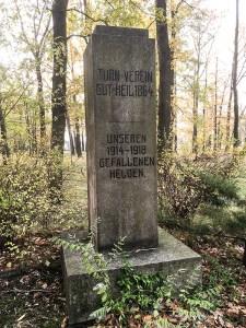 Turnerdenkmal am Geschwister-Scholl-Weg