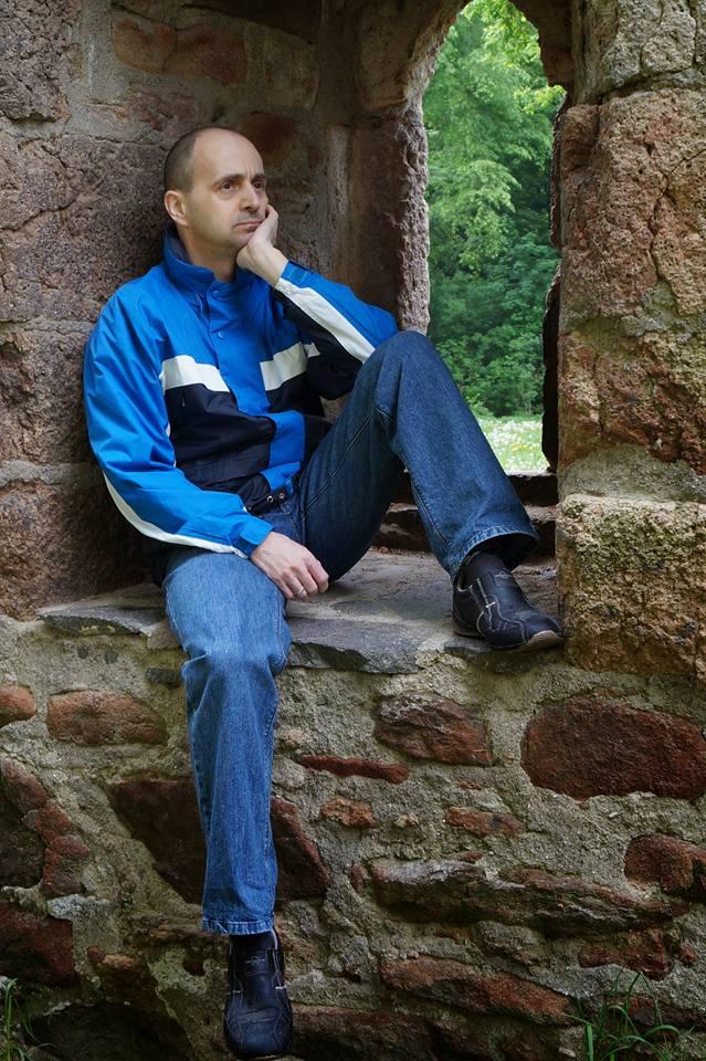 Schriftsteller/Innen vorgestellt. Uwe Goeritz: Einblick in seine Arbeit. Kinderbücher, romantische Geschichten und historische Erzählungen