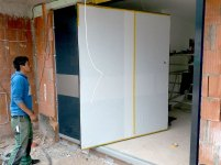 Pivot-Door