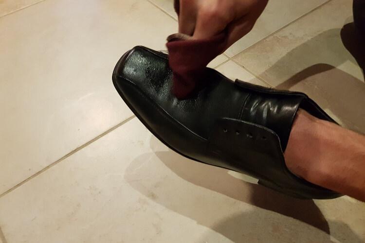 Schuhcreme auftragen Langer & Messmer Baumwolltuch