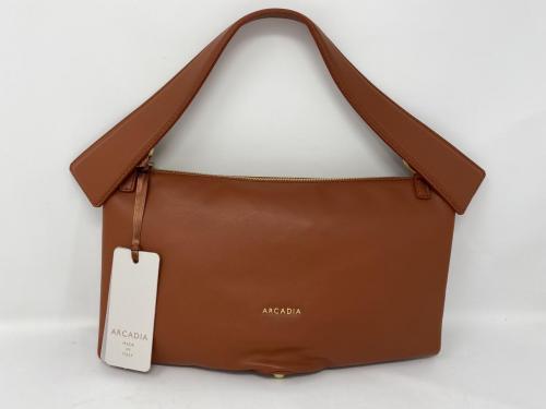 Arcadia Handtaschen und Gürtel