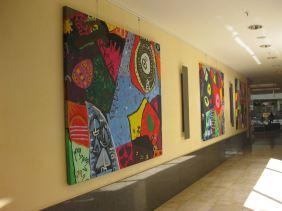 """Die """"Picassos"""" der 2c und 3b im Alstertal-Einkaufszentrum (AEZ)."""