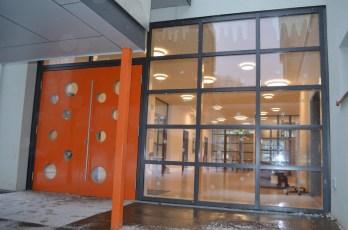 Die neue helle Eingangshalle!