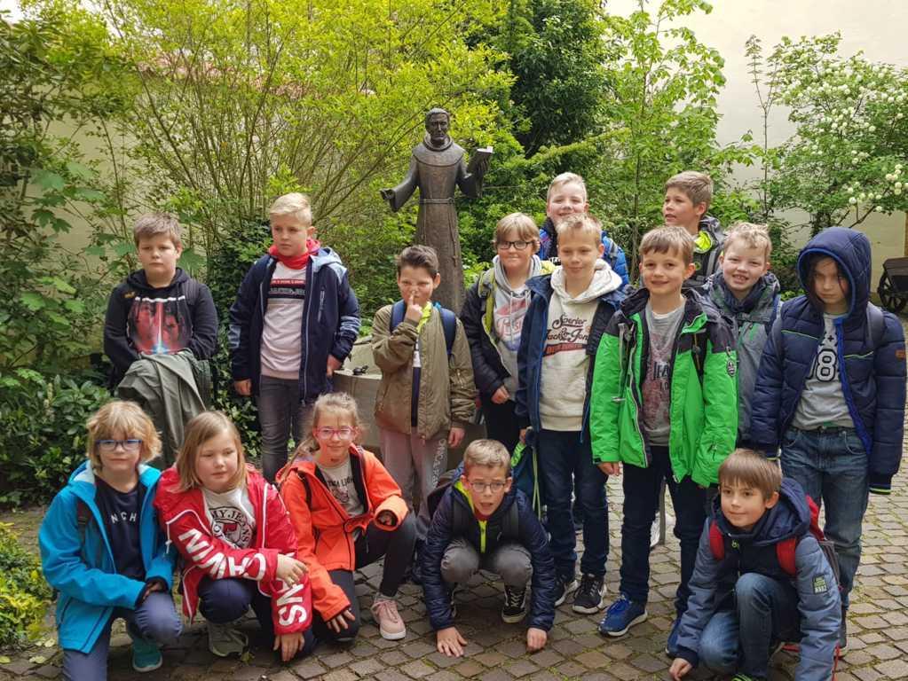 Klasse 4_Besuch Kloster_Güth (11)
