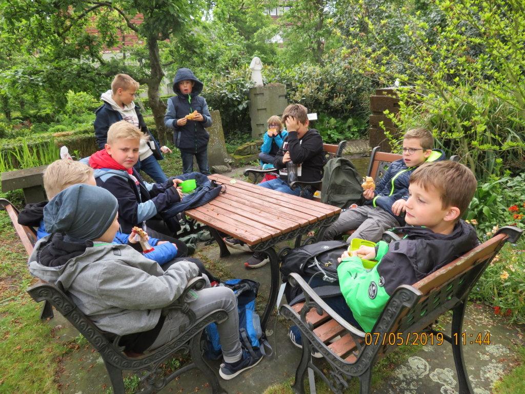 Klasse 4_Besuch Kloster_Güth (8)