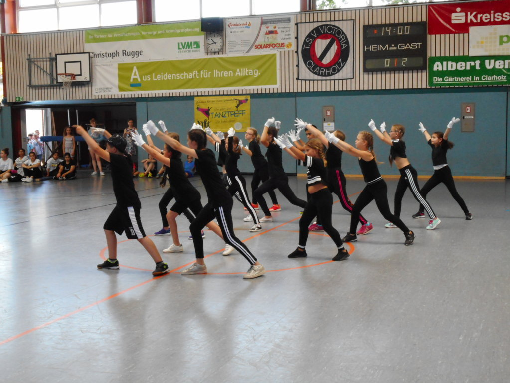 Tanztreff_Grundschulen_2019 (8)