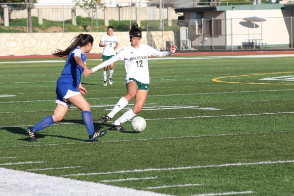 girls-soccer-issue-4-by-karen-la
