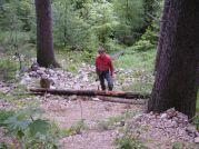 Ľubo robil ochrannú bariéru pred padajúcimi kameňmi Foto: Martin Szunyog