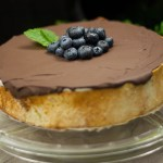 Gedeckter low carb Blueberry-Cheesecake