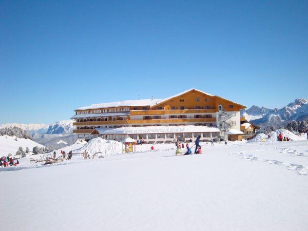 k-2010 - Hotel Winter - PR