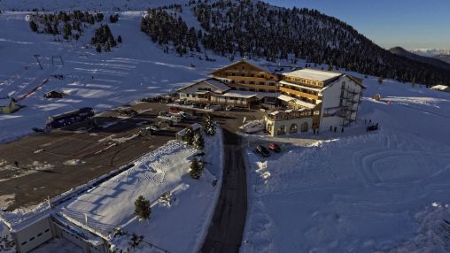 k-2017 - Drohne Hotel Winter (1)