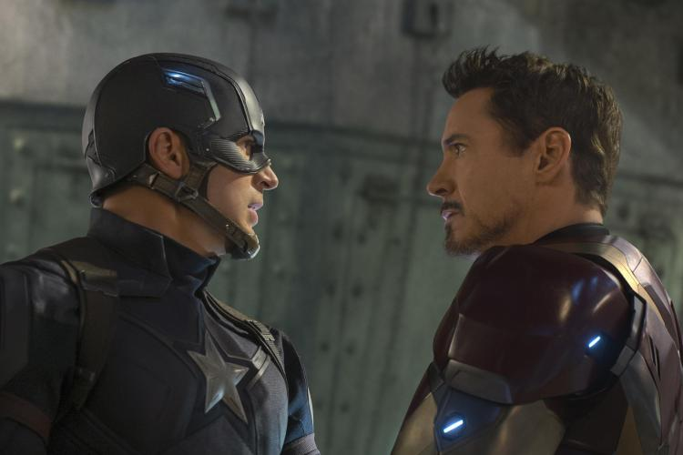 Captain America: Civil War L to R: Captain America/Steve Rogers (Chris Evans) and Iron Man/Tony Stark (Robert Downey Jr.) Ph: Zade Rosenthal ©Marvel 2016