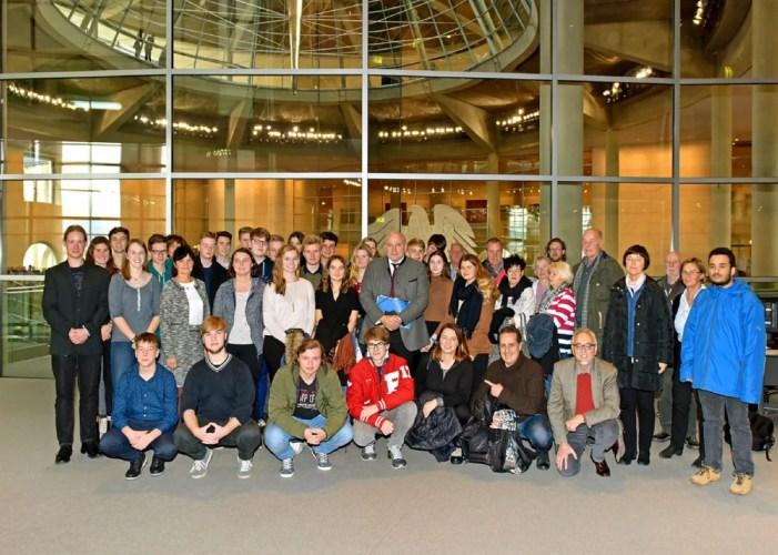 Schwerin: Bundestagsabgeordneter on Tour im Wahlkreis