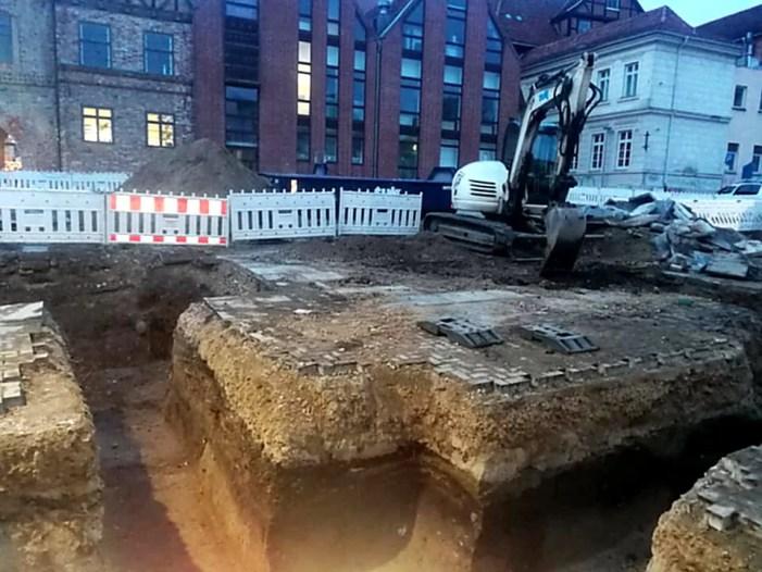 Schlachtermarkt: ASK befürchtet Zerstörung historischer Funde