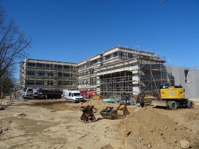 Großer Andrang für neue Regionalschule auf dem Weststadt-Campus