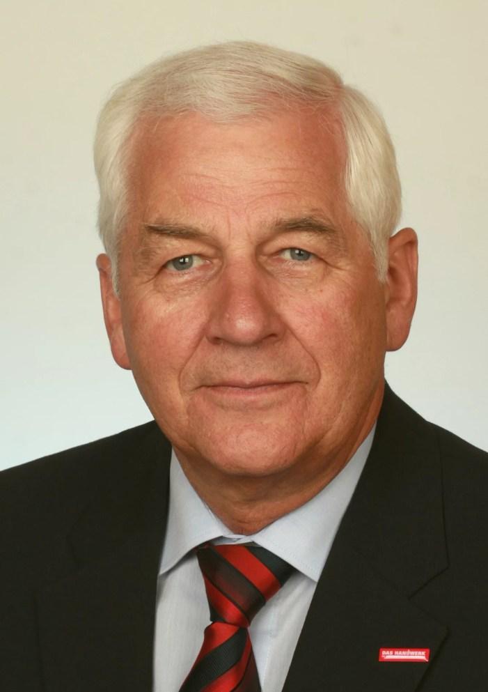Schwerin: Präsident gibt Amt vorzeitig ab