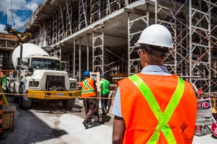 Schwerin: Bauarbeiter zählen zu Rekord-Pendlern