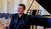 Dirigent, Bratschist, Komponist und Mentor Mathieu Herzog   Foto: schwerin-lokal / Peter Scherrer