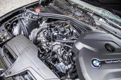 BMW 116i Facelift - Viel Platz im Motorraum, der Dreizylinder passt hier fast zweimal hinein