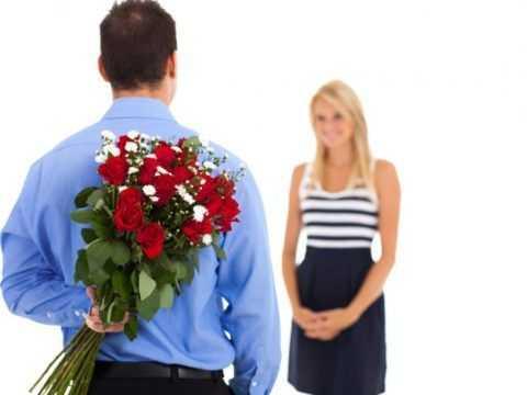 Цветы с девушкой – Фото девушек без лица с цветами, в ...